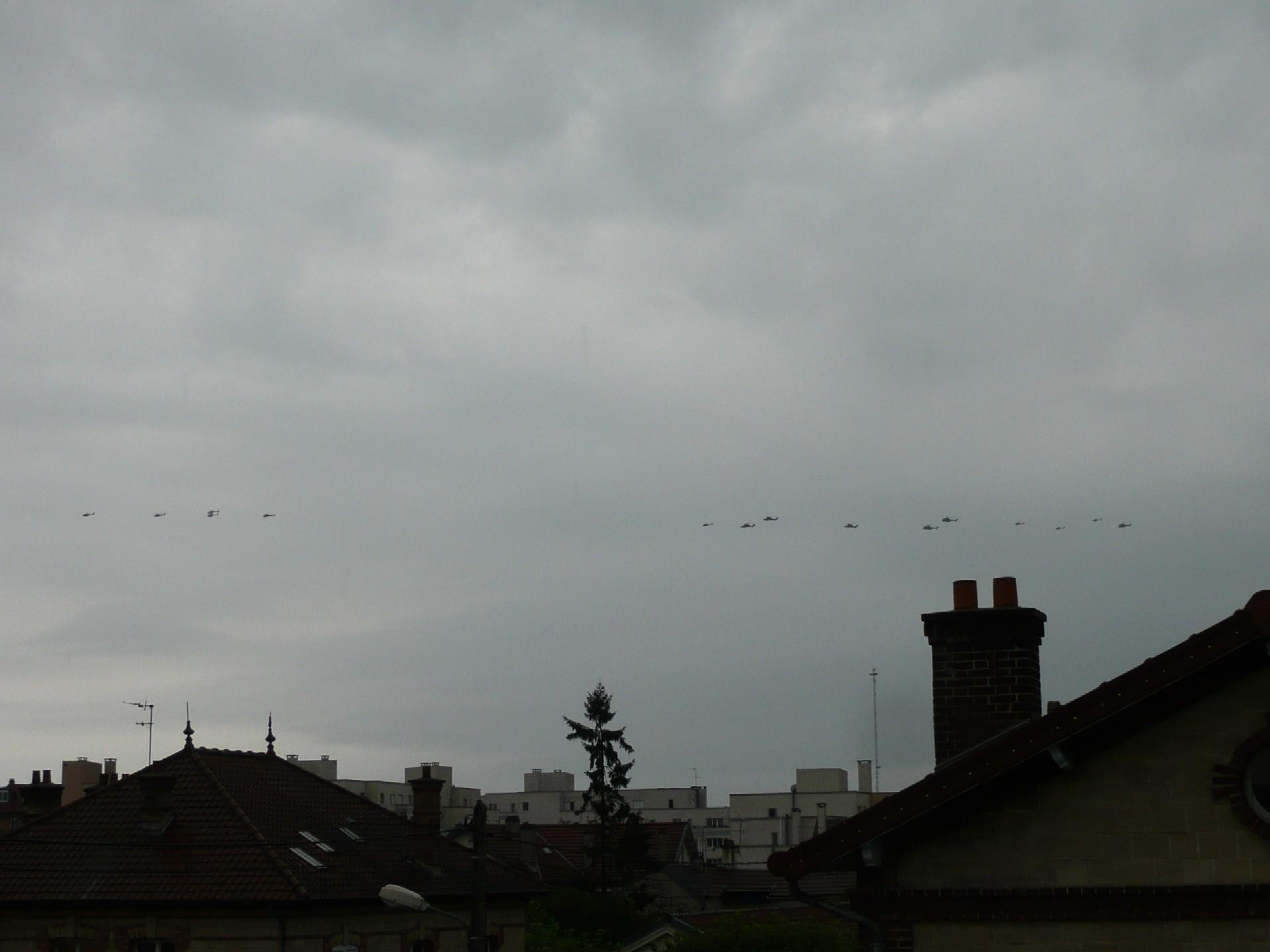 Bonne visibilité sur les aéronefs du 14 Juillet à Houilles